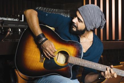 زاك الموسوي … رجلٌ صنعتهالموسيقى