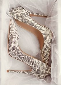 """""""جيمي شو"""" تقدم تشكيلة أحذية العروس لعام2016"""