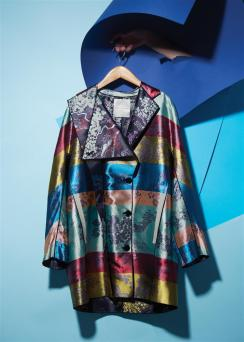 Coat: Marco de Vincenzo Al Ostoura Thuraya Mall