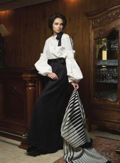 Coat: Vionnet - Al Ostoura Thuraya Mall Shirt: Marni - Thuraya Mall & Al Ostoura The Avenues Pants: Ellery - Al Ostoura Thuraya Mall & Al Ostoura The Avenues Shoes: Delpozo - Al Ostoura Thuraya Mall & Al Ostoura The Avenues