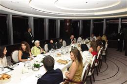 إرمانو شيرفينو أقام حفل عشاء خاص لكبارالزبائن