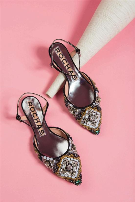 Shoes: Rochas - Al Ostoura Roof Thuraya Mall, Al Ostoura The Avenues