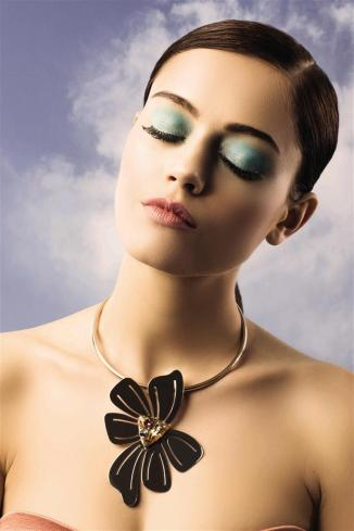 NECKLACE: Abi Project - Al Ostoura Thuraya Mall, Al Ostoura Salhiya Complex