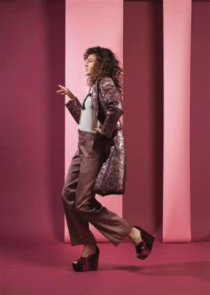 COAT & TROUSERS: Etro - Thuraya Mall SHIRT: Chloé - Thuraya Mall SHOES: Schultz - Limelight Salhiya Mall, Al Ostoura Mezannine Thuraya Mall, Al Ostoura The Avenues, Al Ostoura Gate Mall
