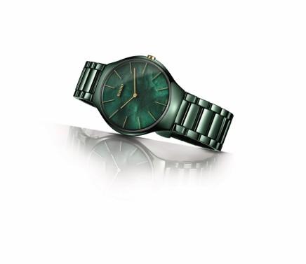 شركة RADO تكشف النقاب عن ساعة رائعة مستوحاة من طبيعة الحدائق ساعة TRUETHINLINE