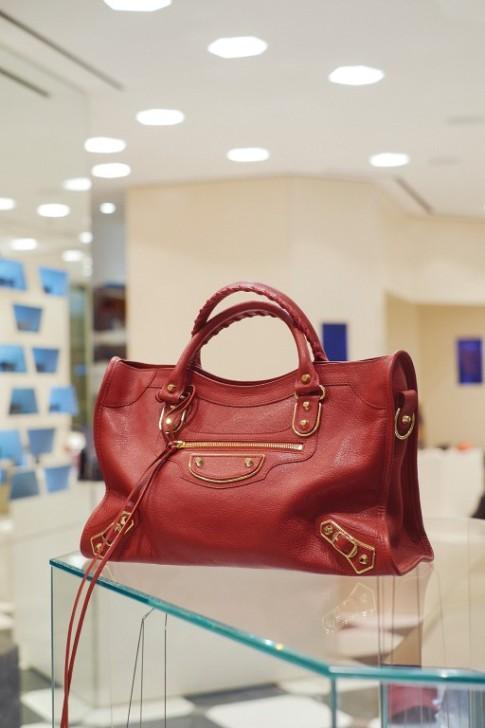 BAG Balenciaga Thuraya Mall