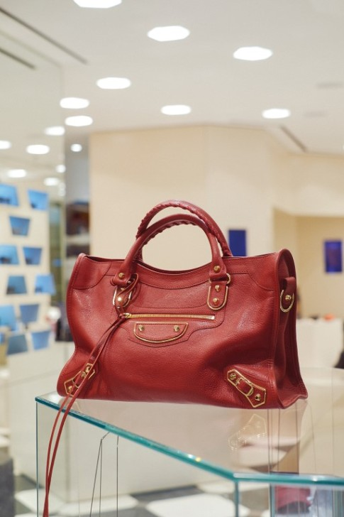 BAG Balenciaga Thuraya Mall