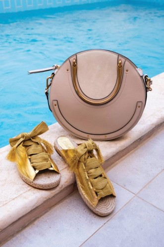BAG & SANDALS Chloe Thuraya Mall